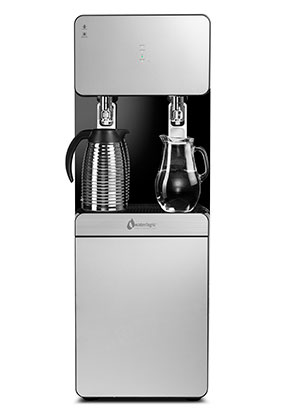 WL800 Max II, front view with carafe and glass